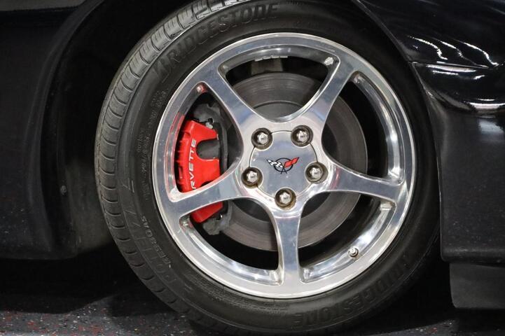 2004 Chevrolet Corvette 2dr Coupe Chicago IL