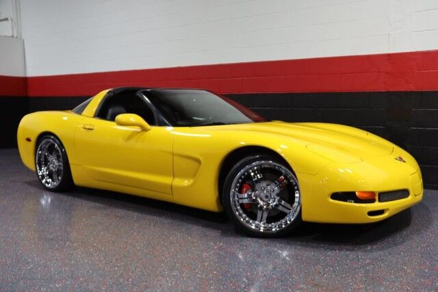 2004 Chevrolet Corvette 2dr Coupe Chicago IL