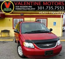 Chrysler Town & Country LX 2004