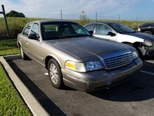 2004_Ford_Crown Victoria__  FL
