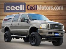 2004_Ford_Excursion_Limited_  TX