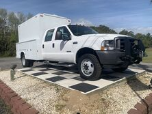 Ford F450 Cab-Chassis 4WD Crew Cab 200