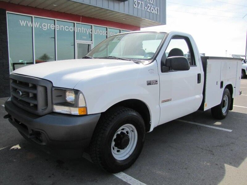 2004 Ford Super Duty F-350 SRW Diesel Util
