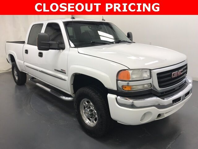 2004 GMC Sierra 2500HD SLT Holland MI