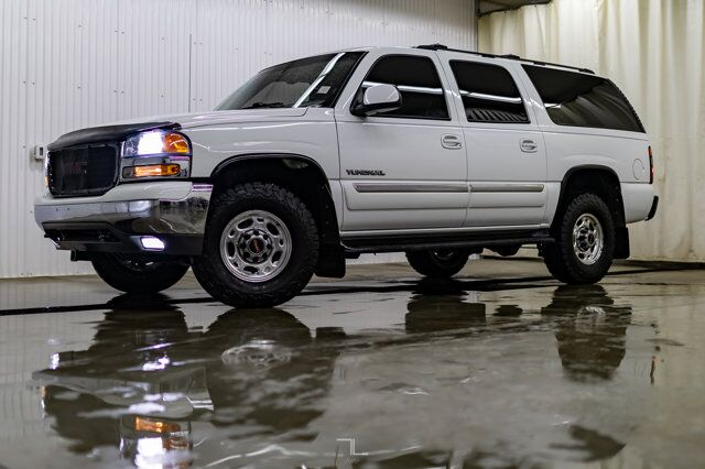 2004 GMC Yukon XL 2500 4x4 SLE Third Row Seating Red Deer AB