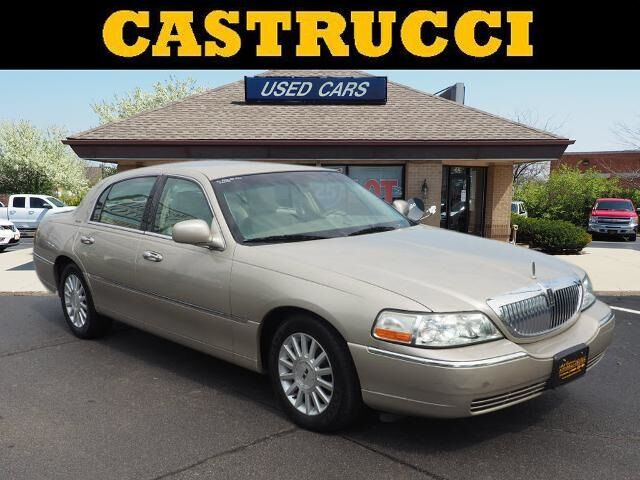 2004 Lincoln Town Car Signature Dayton OH