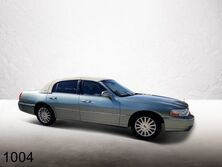 Lincoln Town Car Signature 2004