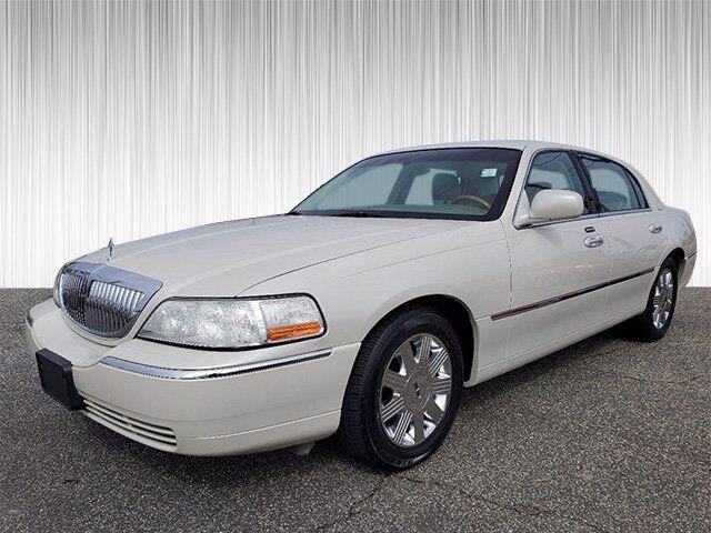 2004 Lincoln Town Car Ultimate Columbus GA