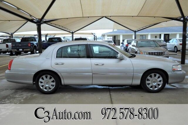2004 Lincoln Town Car Ultimate Plano TX