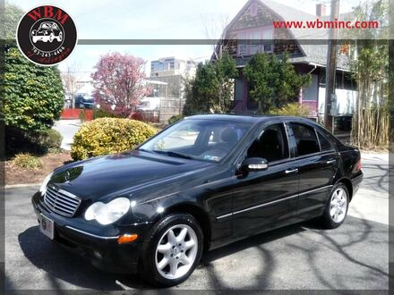 2004_Mercedes-Benz_C240_4MATIC Sedan_ Arlington VA