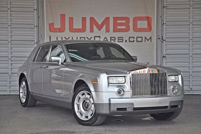 2004_Rolls-Royce_Phantom_Base_ Hollywood FL