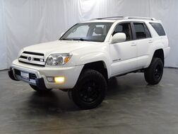 2004_Toyota_4Runner_Limited v8 4WD ** Lifted**_ Addison IL