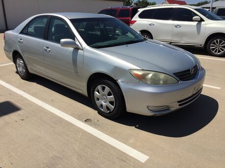 2004_Toyota_Camry_LE_ Euless TX
