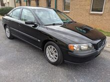 2004_Volvo_S60_2.4_ Knoxville TN