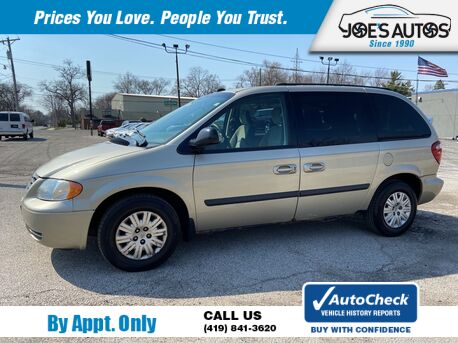 2005_CHRYSLER_TOWN & COUNTRY__ Toledo OH