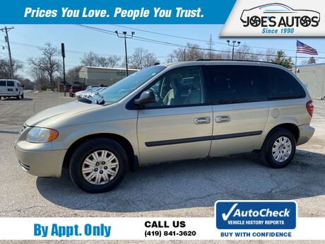 2005 CHRYSLER TOWN & COUNTRY  Toledo OH