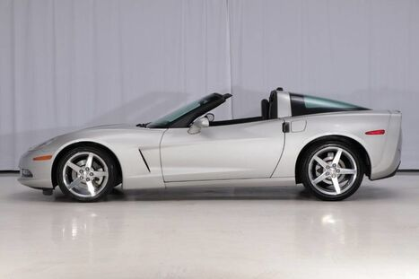2005_Chevrolet_Corvette_Coupe_ West Chester PA