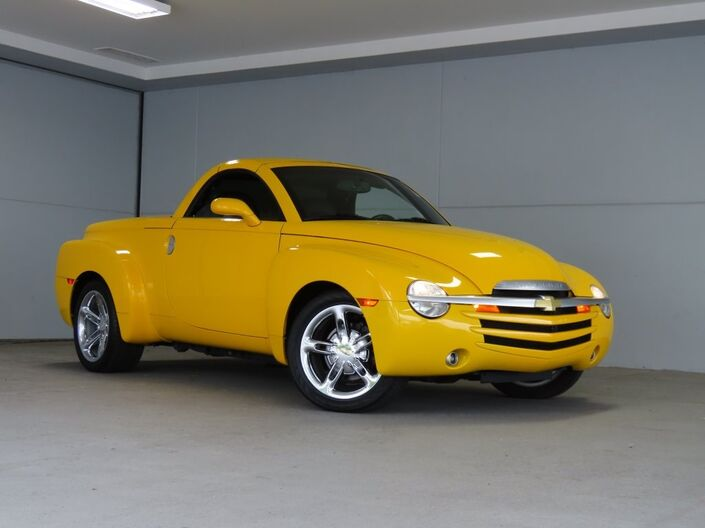 2005 Chevrolet SSR Base Merriam KS
