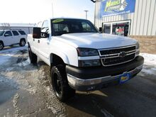 2005_Chevrolet_Silverado 2500HD_LS Crew Cab Short Bed 4WD_ Fort Dodge IA