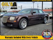2005_Chrysler_300_Limited_ Columbus GA