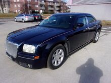 2005_Chrysler_300_Touring_ St. Joseph KS