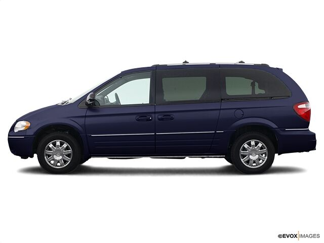 2005 Chrysler Town & Country Limited Indianapolis IN