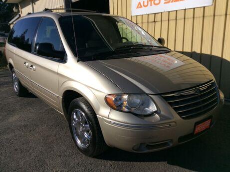 2005 Chrysler Town & Country Limited Spokane WA