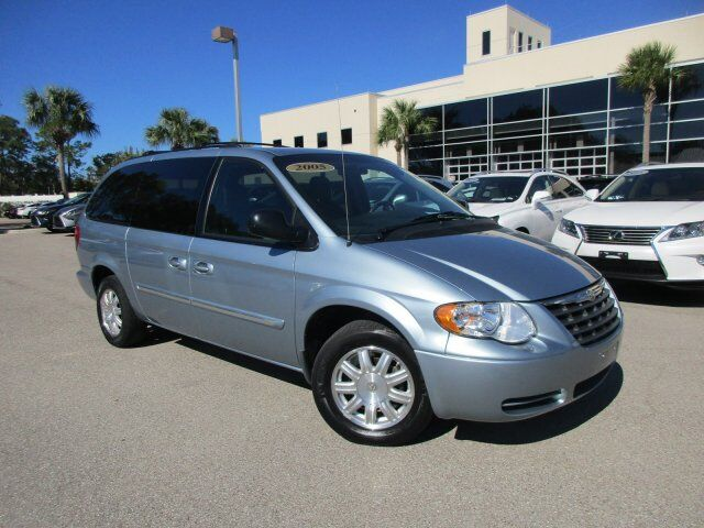 2005 Chrysler Town & Country Touring Fort Myers FL