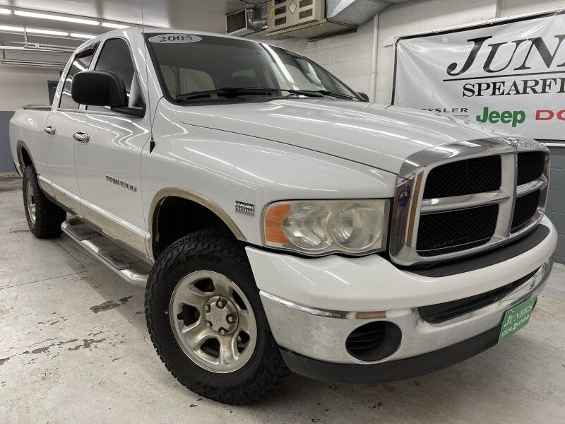 2005 Dodge 1500 SLT Spearfish SD