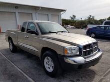 2005_Dodge_Dakota_SLT_  FL
