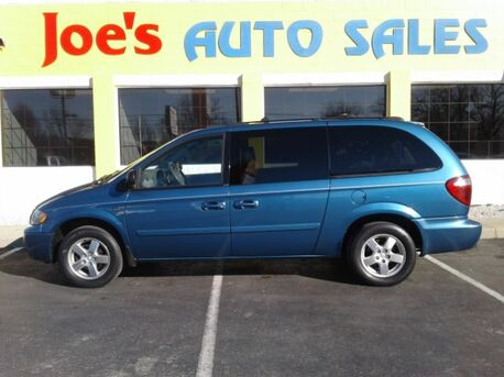2005_Dodge_Grand Caravan_SXT_ Indianapolis IN