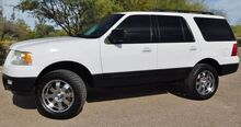 2005_Ford_Expedition 4wd XLT Pkg_5.4 V8 Custom Wheels 3rd Row Seat Dual A/C_ Phoenix AZ