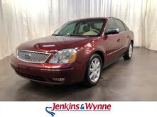 2005_Ford_Five Hundred_4dr Sdn Limited_ Clarksville TN