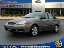 2005_Ford_Focus_ZX4 SES_ Chattanooga TN