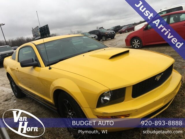 2005 Ford Mustang  Plymouth WI