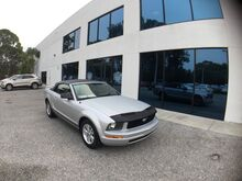 2005_Ford_Mustang_Deluxe_ Englewood FL