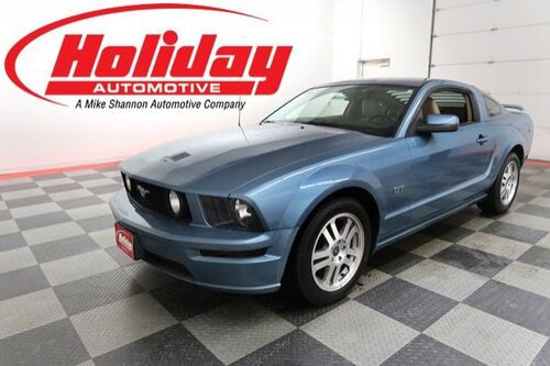 2005_Ford_Mustang_GT Premium_ Fond du Lac WI