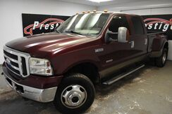 2005_Ford_Super Duty F-350 DRW_Lariat_ Akron OH