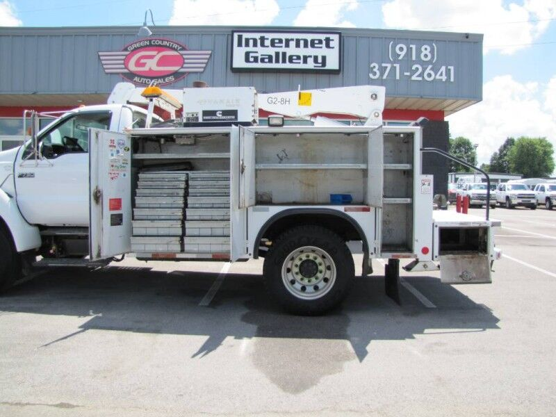 2005 Ford Super Duty F-750 Straight Frame XL Collinsville OK