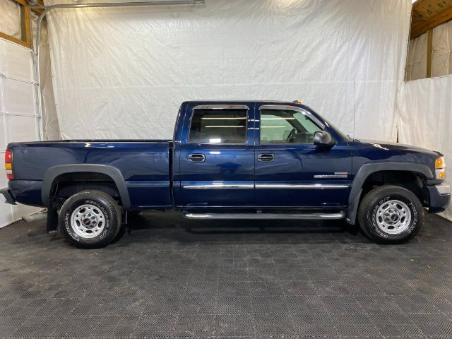 2005 GMC Sierra 2500HD SLE Crew Cab Short Bed 2WD Middletown OH