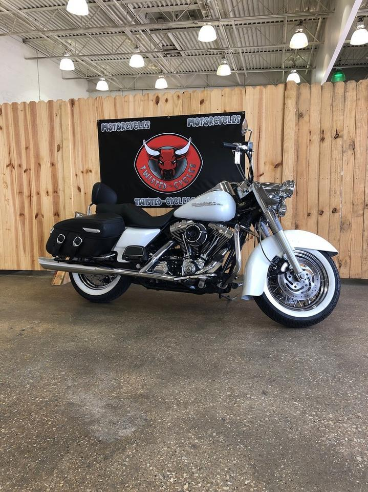 2005 HARLEY DAVIDSON ROAD KING CLASSIC FLHRCI Lubbock TX