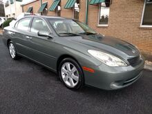 2005_Lexus_ES 330_Sedan_ Knoxville TN