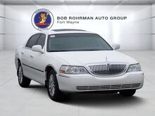 2005_Lincoln_Town Car_Signature_ Fort Wayne IN