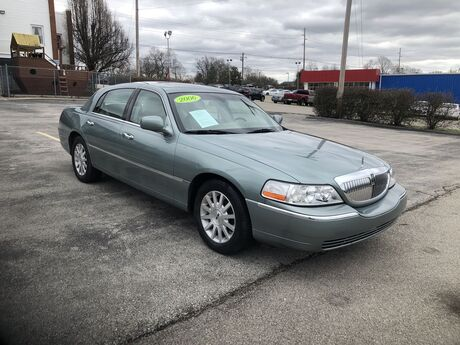 2005 Lincoln Town Car Signature Frankfort KY