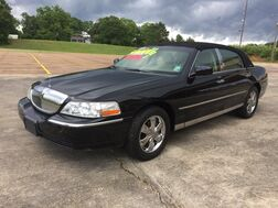 2005_Lincoln_Town Car_Signature_ Kentwood LA