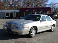 2005 Lincoln Town Car Signature Limited Cumberland RI