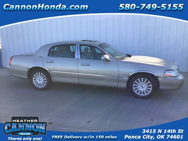 2005 Lincoln Town Car Signature Limited Ponca City OK