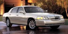2005_Lincoln_Town Car_Signature Limited_ Trinidad CO
