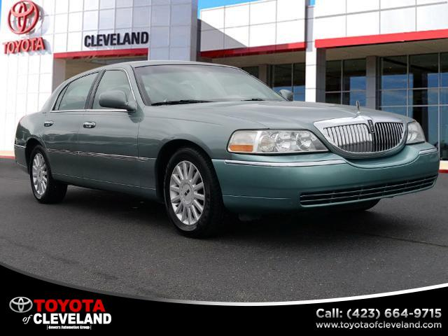 2005 Lincoln Town Car Signature McDonald TN