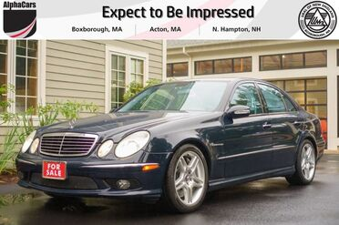 2005_Mercedes-Benz_E55_AMG_ Boxborough MA